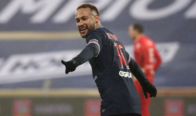 Neymar prolonge contrat 2025